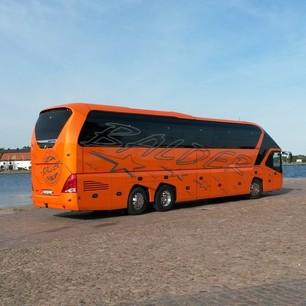 Orange buss